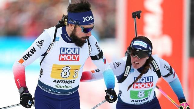 Lena Häcki e Benjamin Weger tar surdada.