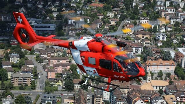 In dals helicopters da la Rega.