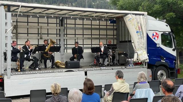 Durant il concert a Savogni ils 14 d'avust.