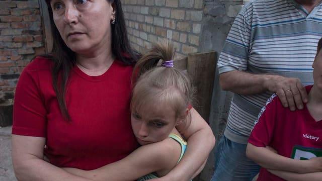 Eine Familie im Osten der Ukraine.