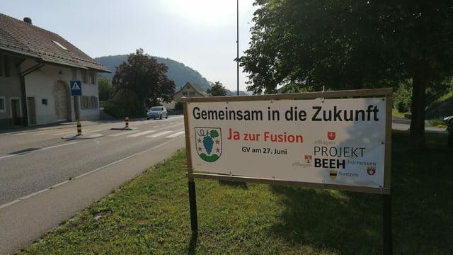 Plakat für Fusion zur Gemeinde Böztal in Hornussen