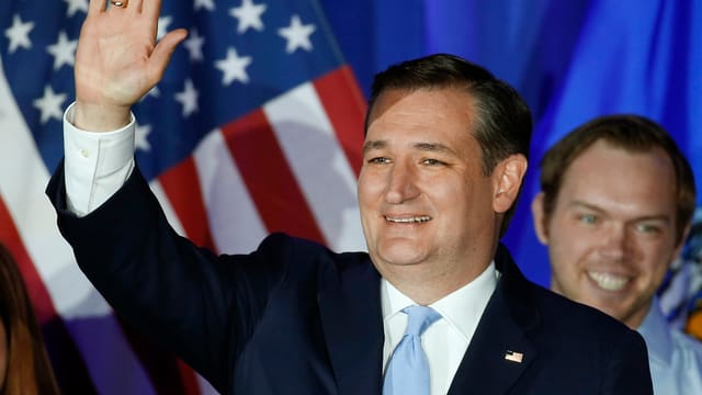 Ted Cruz sa legra da sia victoria.