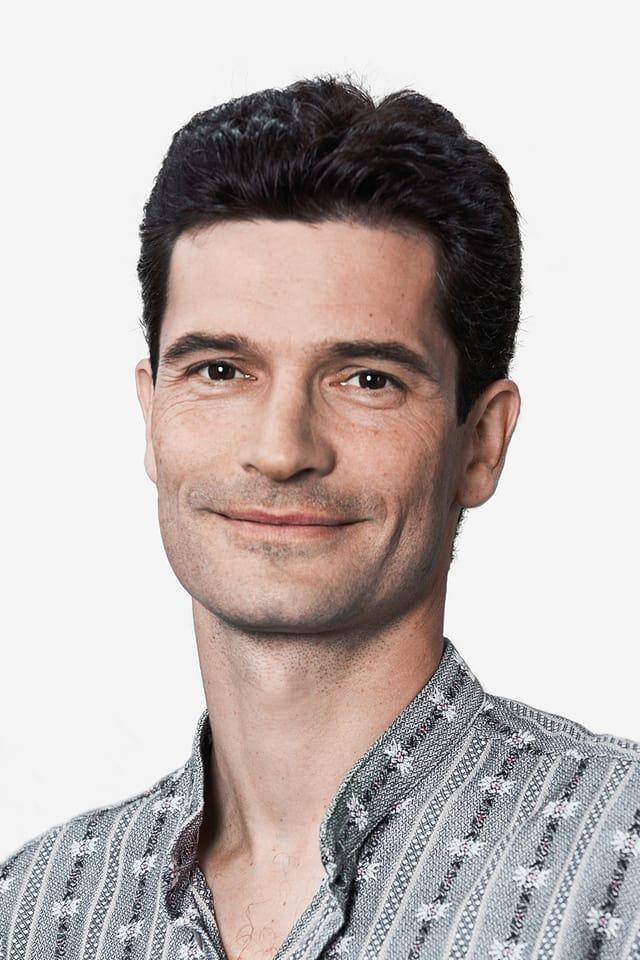 Er kommentiert zusammen mit Adrian Käser aus Burgdorf.