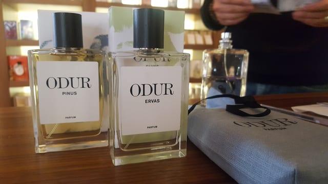 duas buttiglias da parfüm