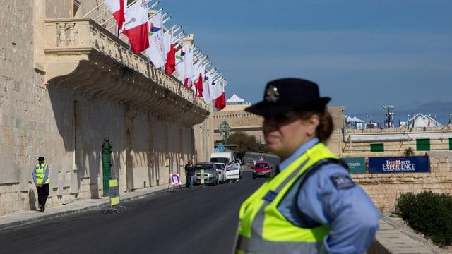 Am Flüchtlingsgipfel in Malta treffen sich Vertreter von rund 70 europäischen und afrikanischen Staaten.