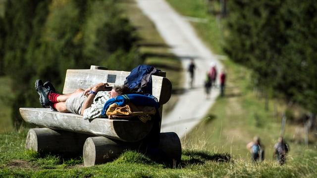 Wanderer auf dem Gurnigel bei Bern.