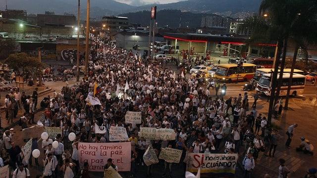 Ina demonstraziun en la Columbia