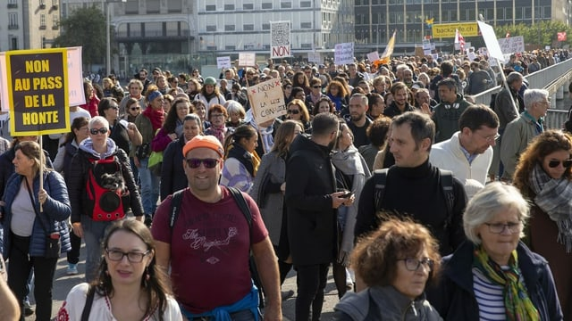 Demonstrierende in Genf (9. Oktober 2021).