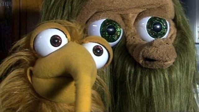 Mumbro und Zinell, zwei Puppen aus einer anderen Welt auf Entdeckungstour.