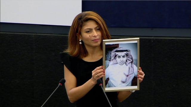 Badawis Ehefrau Ensaf Haidar lebt als politischer Flüchtling in Kanada.