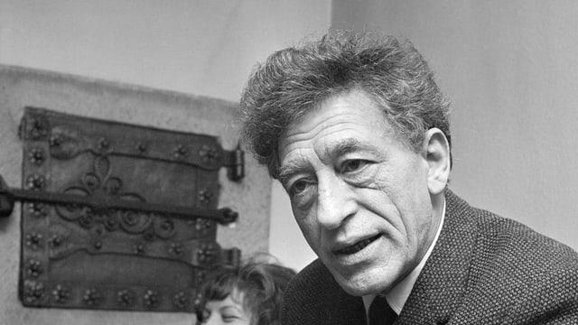 L'artist grischun Alberto Giacometti l'onn 1962 a Turitg.