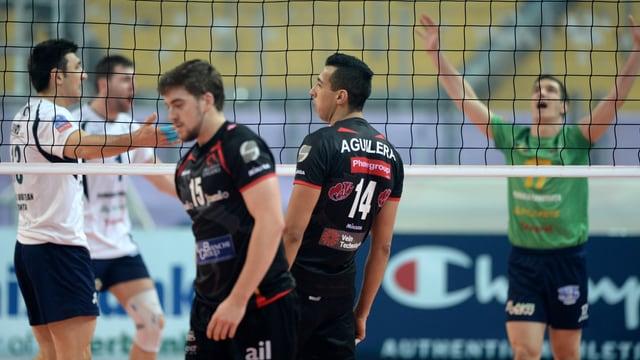 Die Spieler von Lugano sind nach einer weiteren CL-Niederlage enttäuscht