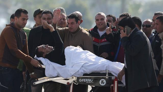 mubarak cun egliers da sulegl vegn tuschà sin in letg rulont