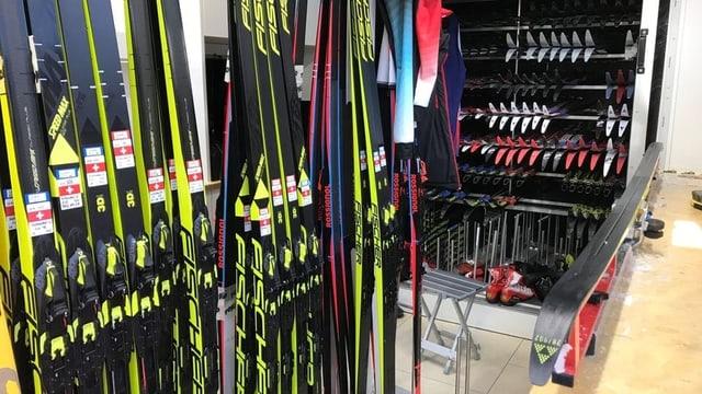 Purtret da skis da passlung dal team svizzer vid la paraid. Fotografads durant il campiunadi mundial a Seefeld.