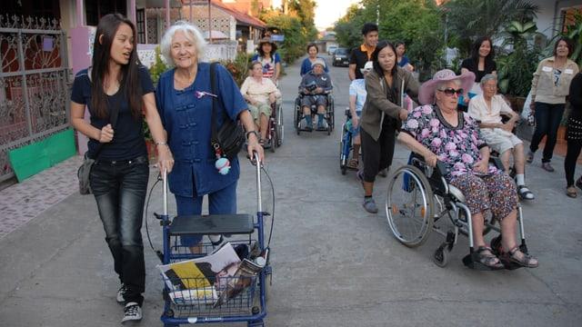 Ausfahrt mit Rollstuhl.