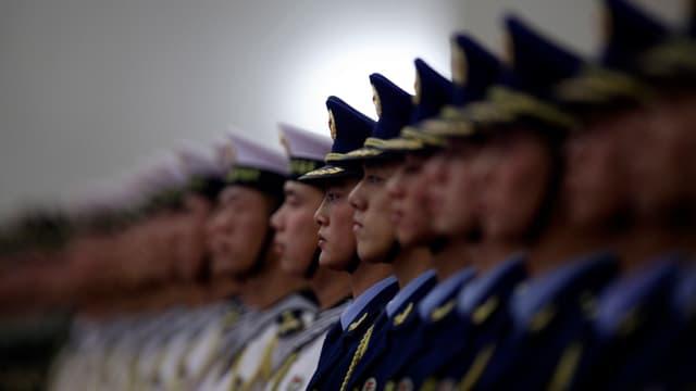Chinesische Soldaten bei einer Parade