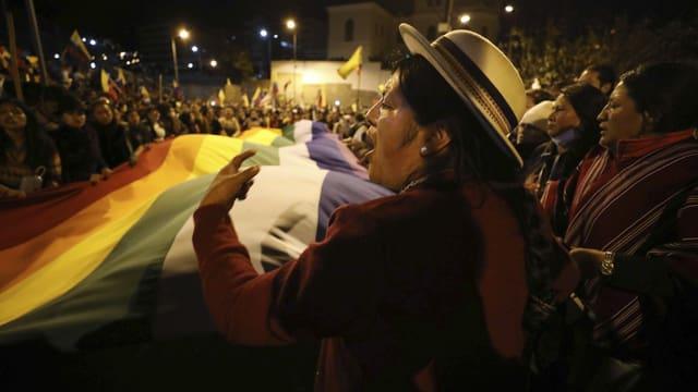 Indigene demonstrieren in Quito