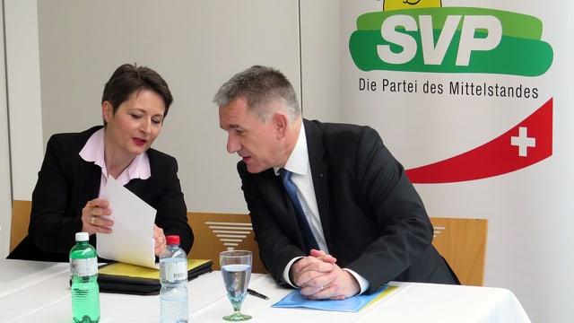 Diskussion zwischen Roth und Hürzeler vor der Pressekonferenz