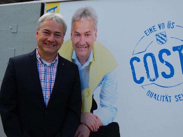 Stefan Costa (FDP), der Kandidat fürs Stadtpräsidium der bürgerlichen Ortsparteien, vor seinem Wahlplakat.