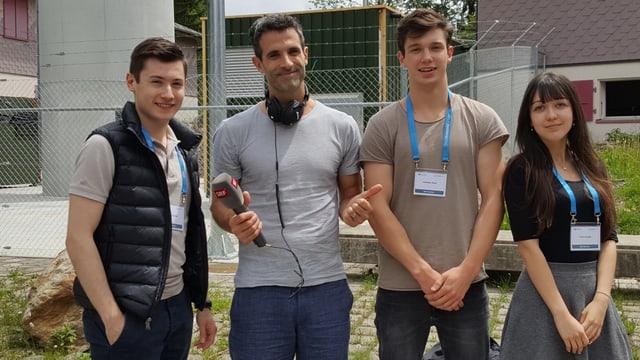 Radiointerview mit drei Jugendlichen