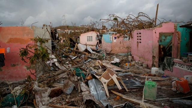 Gronds donns ha l'onn 2016 er il hurican Matthew chaschunà.