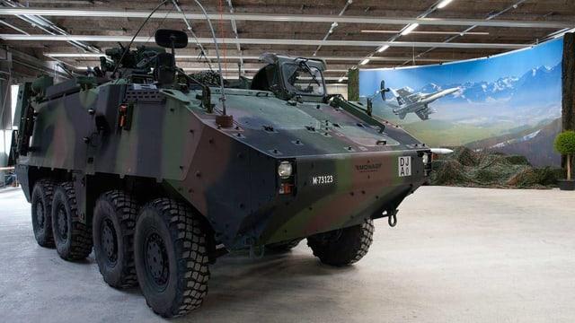 Sicht auf ein ABC-Aufklärungsfahrzeug der Schweizer Armee.