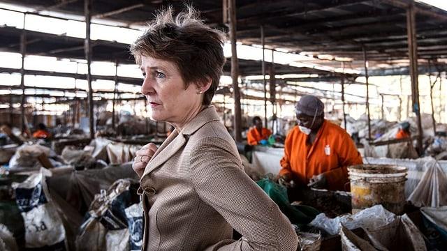 Simonetta Sommaruga besucht Abfallprojekt in Nairobi