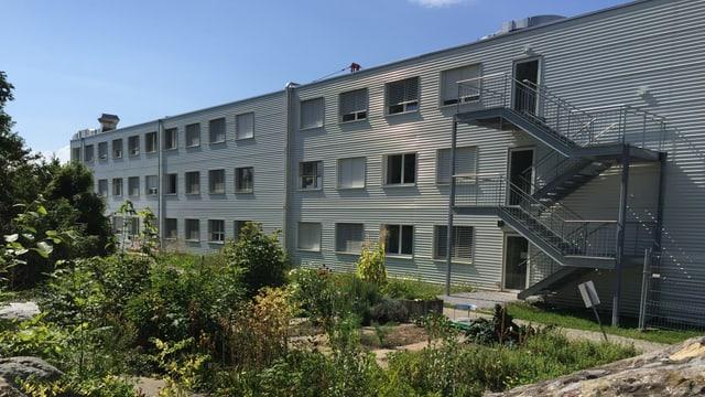 3-stöckiges Gebäude aus Container-Elementen