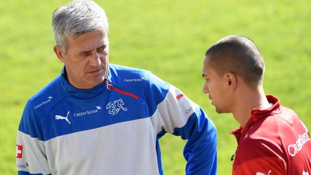 Vladimir Petkovic e Gökhan Inler.
