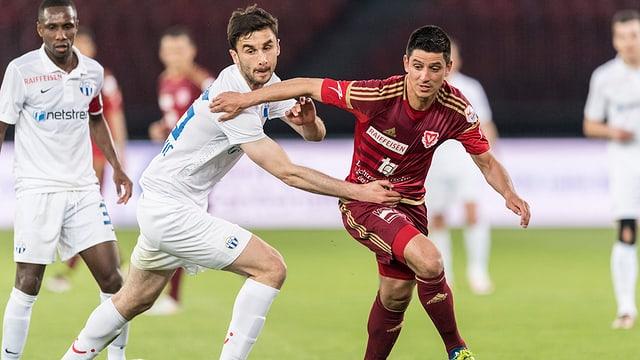 Moreno Costanzo el dress da Vaduz durant in gieu cunter il FC Turitg.