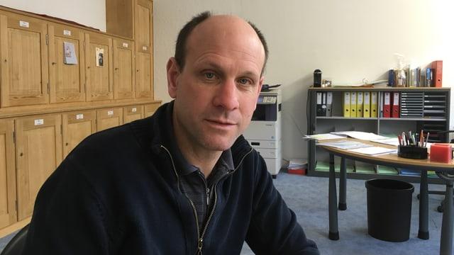 Daniel Albertin spera da retrair uschia svelt sco pussibel in nov center d'administraziun communal.