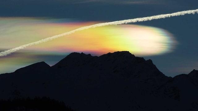 Am 10. Januar sorgten irisierende Wolken mit ihrer Farbenpracht für viel Freude.