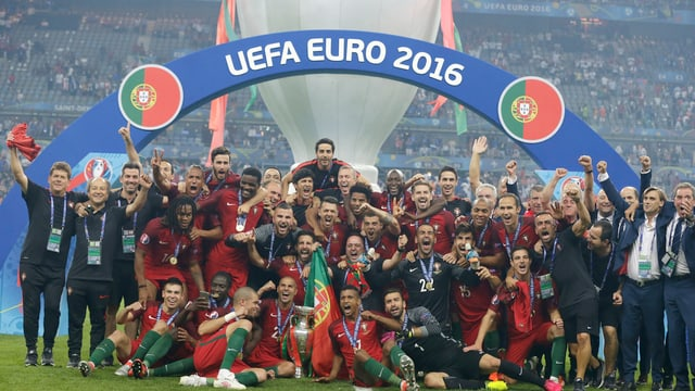 L'equipa dal Portugal gudogna il campiunadi europeic da ballape en Frantscha.