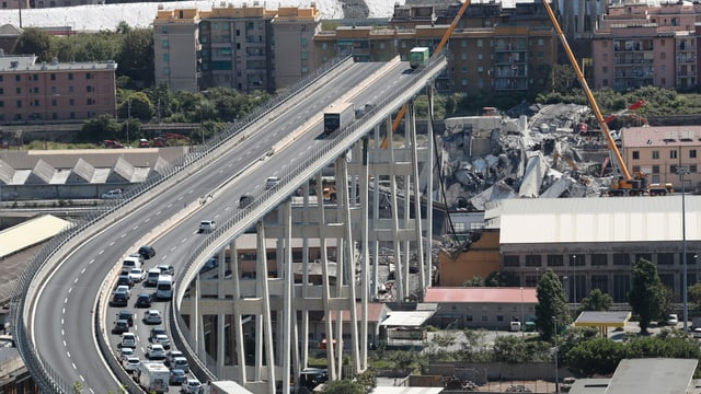 Eingestürzte Morandibrücke.