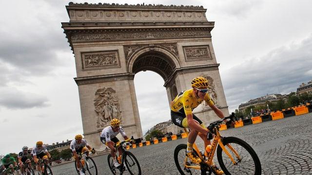 il victur dal Tour de France Chris Froome