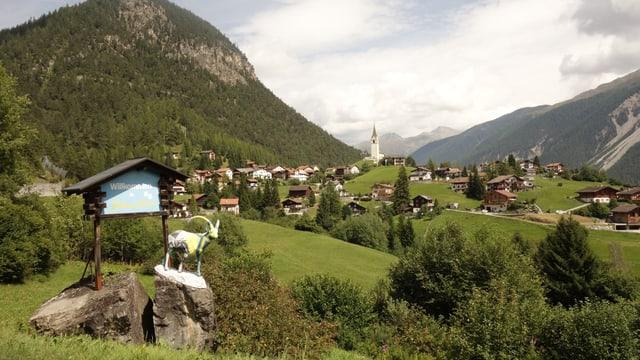 Schmitten ha ussa in sumegliant pe da taglia sco las vischnancas da Tavau e Albula/Alvra.