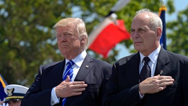 Il president american sun ses nov schef da stab John Kelly.