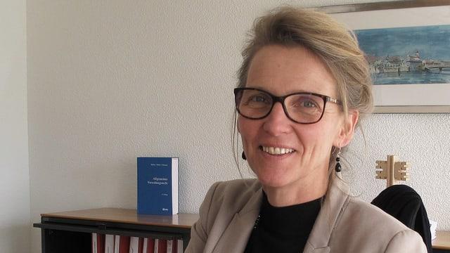 Porträt der Nidwaldner Regierungsrätin Karin Kayser.