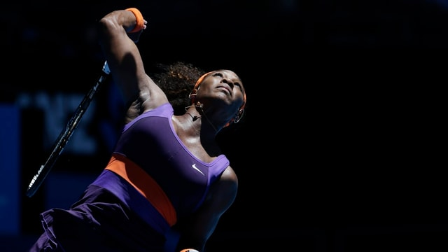 Serena Williams deklassiert Edina Gallovits-Hall.