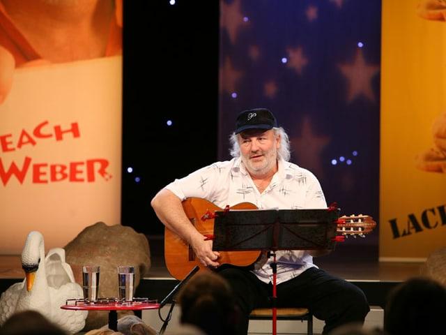 Peach Weber auf der Bühne.