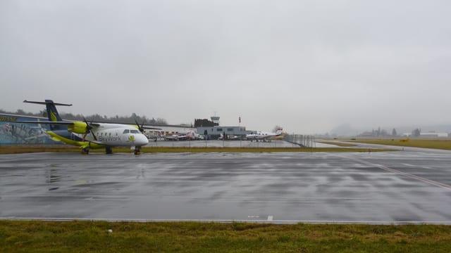 Flughafen Bern Blickrichtung Oberland