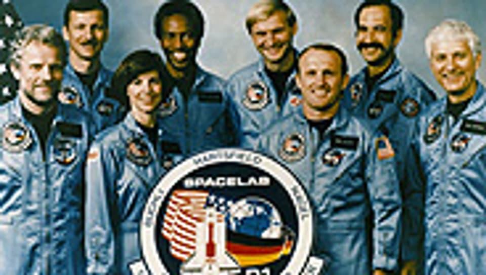 Das Team der Space Shuttle Challenger. Reinhard Furrer ist der erste von links.
