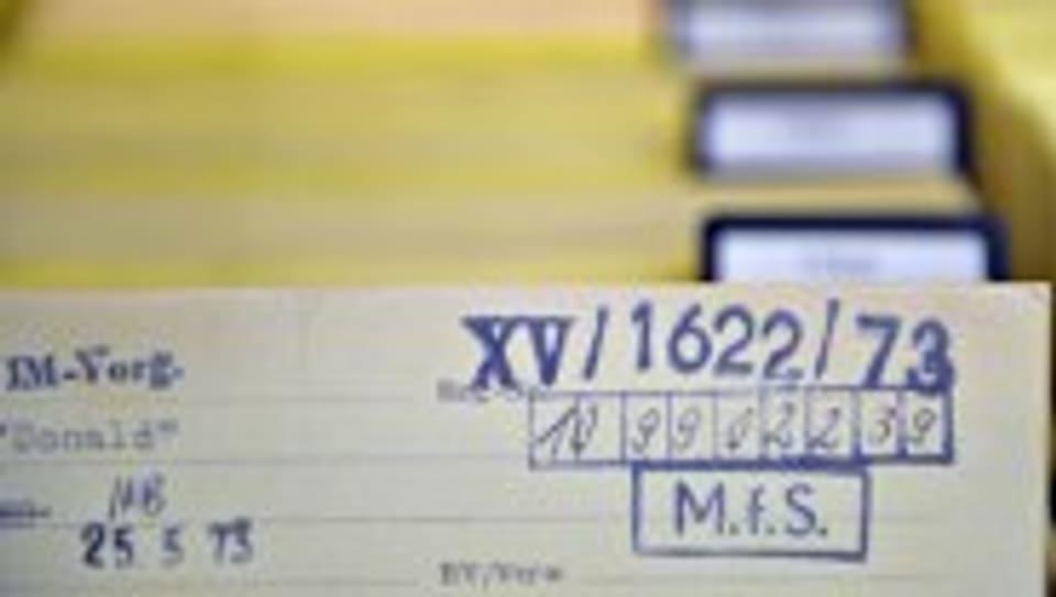 Karteikarte im Stasi-Archiv.