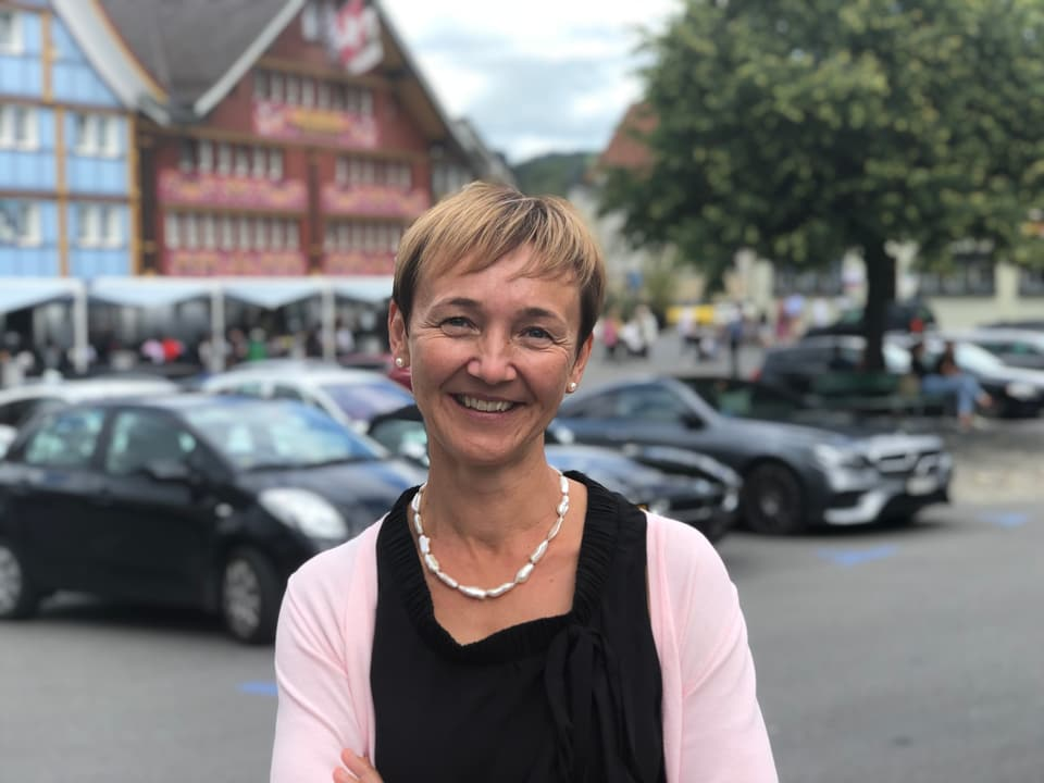 Monika Rüegg Bless schafft die Wiederwahl in die Regierung