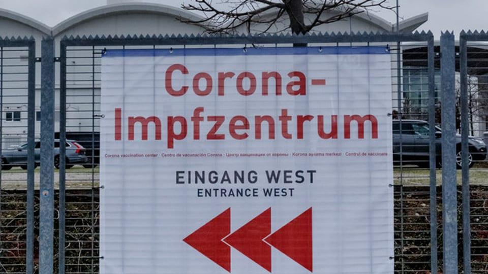 Der Ansturm auf die Impfungen in den Kantonen AG und SO ist gross.