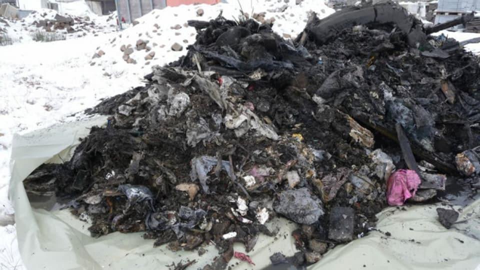 Solcher Abfall soll wenig Geruchsemissionen auslösen, wenn er aus dem Boden geholt wird.