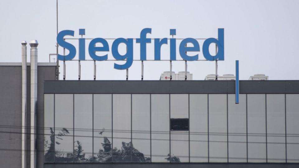 Wegen der Cyber-Attacke hat Siegfried ein Problem mit fehlender Arbeitszeit.