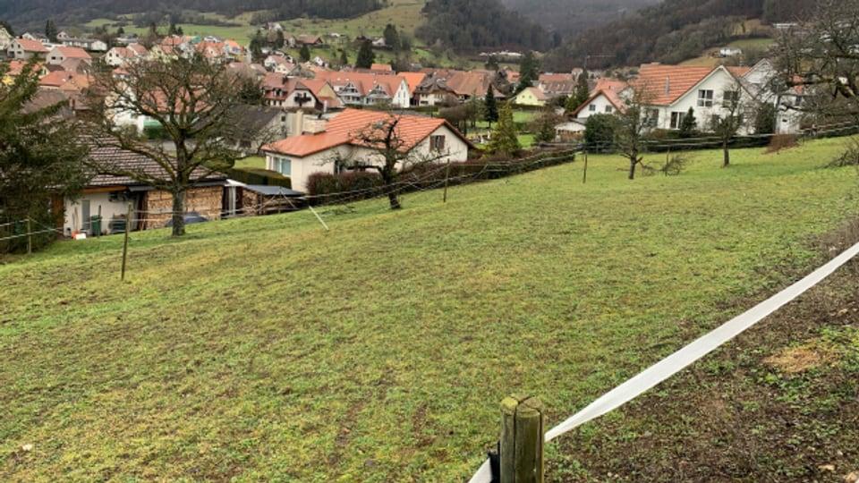 Dieses Grundstück gehört der Gemeinde Lostorf. Es darf aber 100 Jahre lang nicht überbaut werden.