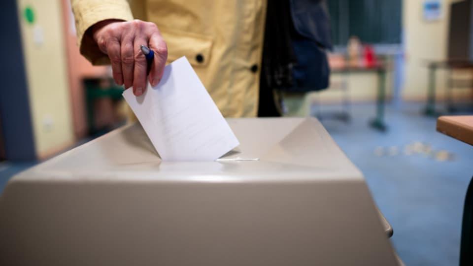 Wählerinnen und Wähler entscheiden sich vermehrt für Grüne.