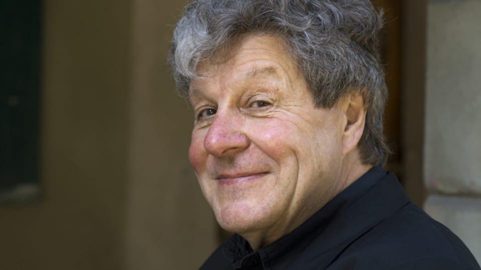 Sein 1983 erschienenes Romandebüt «Blösch» wurde verschiedentlich ausgezeichnet.
